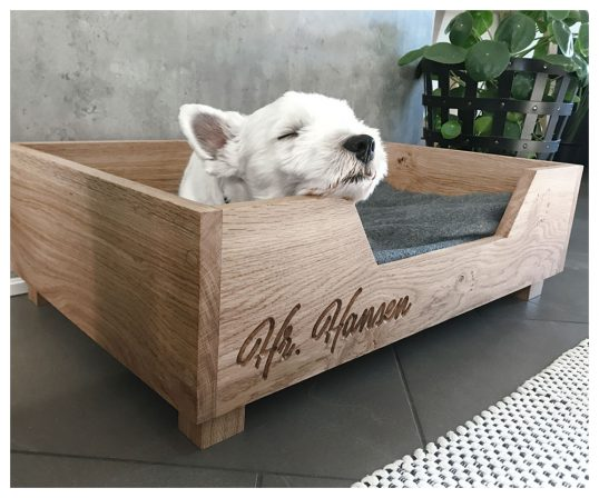 Hundeseng med navn